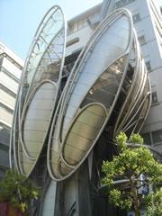 大江戸線飯田橋駅
