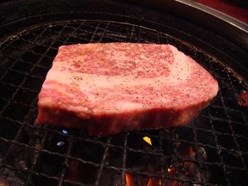 焼肉 秋元 リブステーキ
