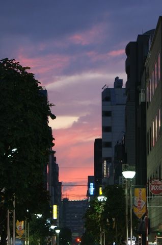 赤い空@神保町